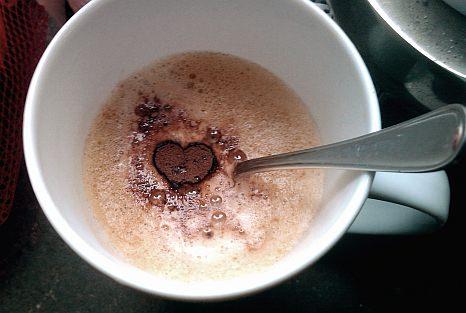 tag des kaffee herz kakao