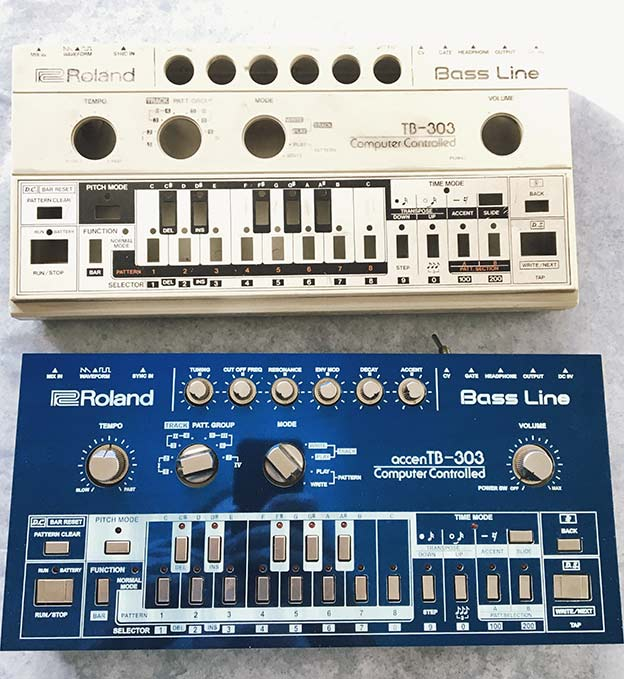 Original Roland TB 303 vs custom Acid Synthesizer