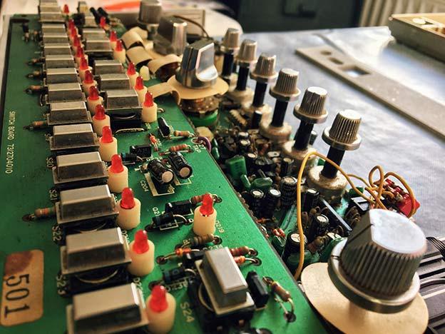 Roland TB 303 Platine Transistoren
