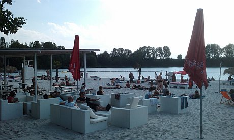k ln badesee sundown beach escher see dies und das. Black Bedroom Furniture Sets. Home Design Ideas