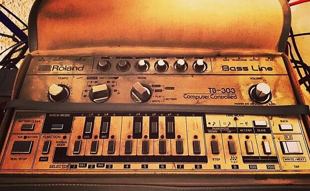 dreckige TB 303 Roland